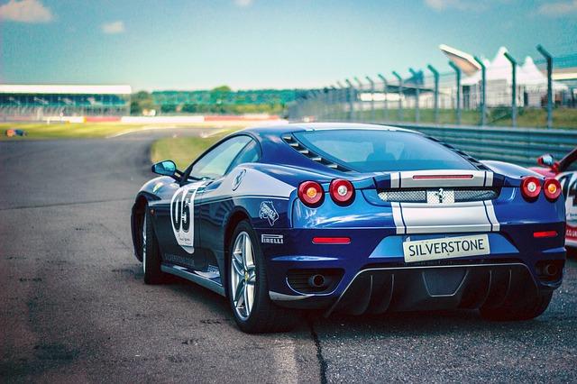 závodní Ferrari