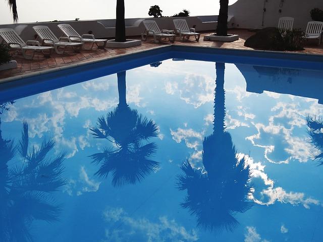 bazén u pláže