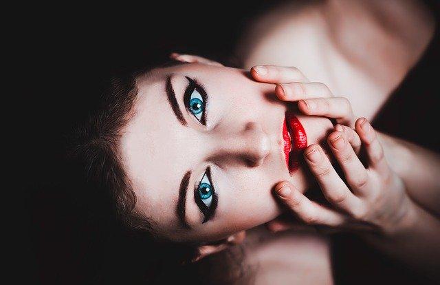 oči modré